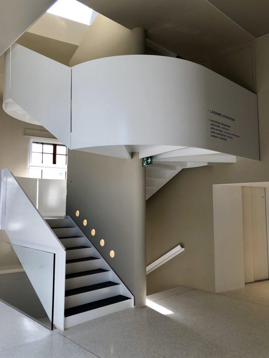 Escalier musée lausanne